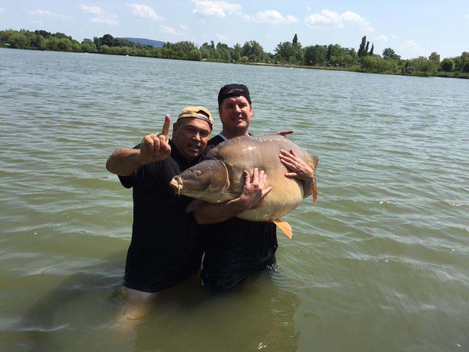 rekordowy karp 47 kg