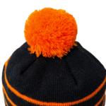 czapka karpiowa z pomponem